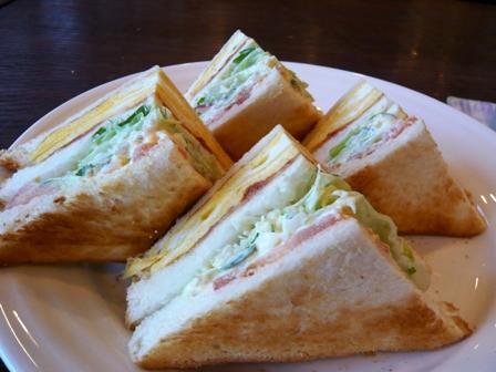 バレカランヒル:焼きサンドイッチ1