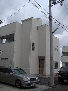 白い家02