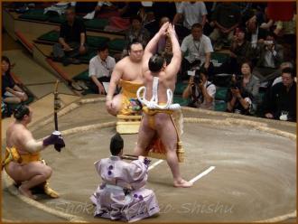 20130523 横綱土俵入り 1 お相撲