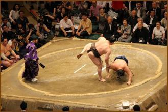 20130523 横綱 白鵬(モンゴル)vs豪栄道あく お相撲