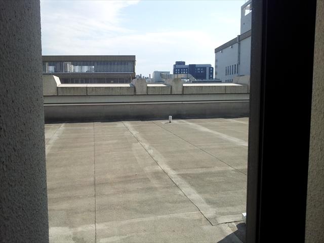 防衛省講堂玄関屋上