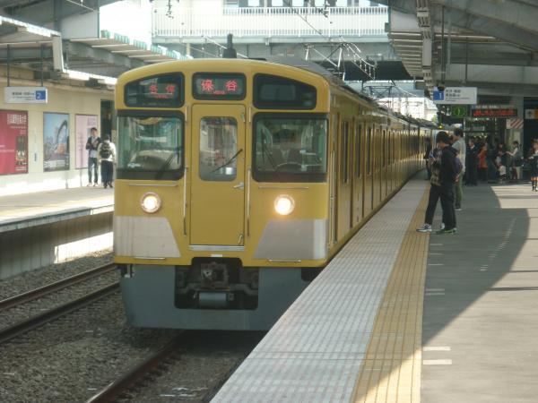 2014-10-25 西武2073F 各停保谷行き1 5715レ