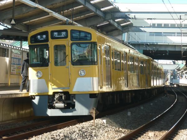 2013-12-22 西武2083F 各停所沢行き