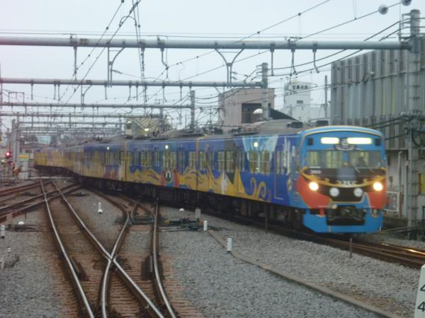 2014-11-08 西武3011F 回送1