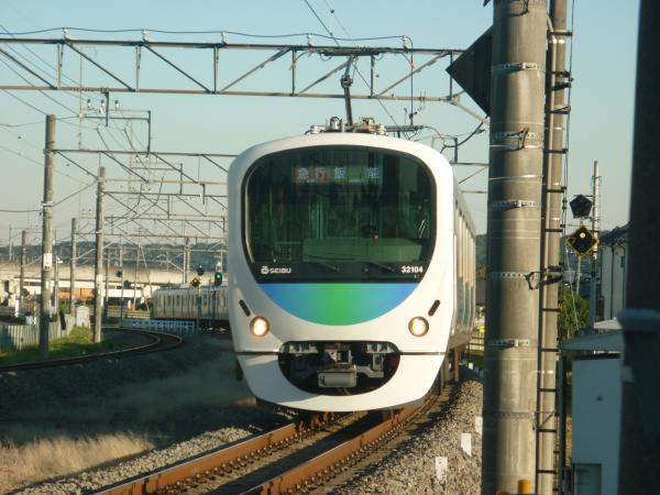 2014-11-14 西武32104F+38107F 急行飯能行き 2151レ