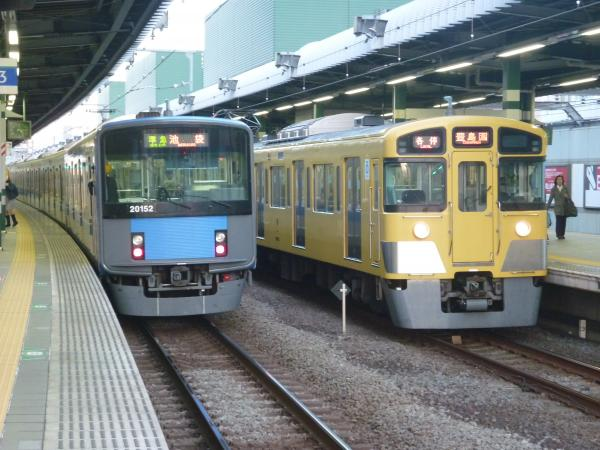 2014-11-15 西武2073F 各停豊島園行き3 5487レ