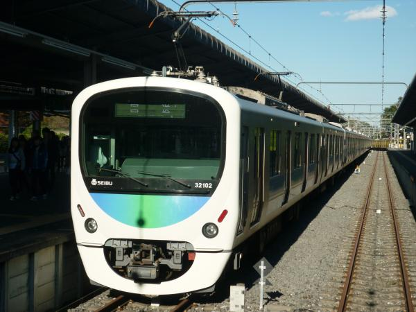 2014-11-15 西武32102F+38104F 回送