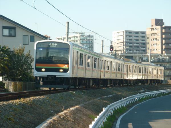 2014-11-22 八高線209系ハエ64編成 八王子行き