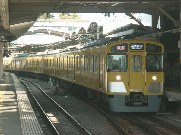 2014-11-23 西武2083F 急行西武新宿行き1 2324レ