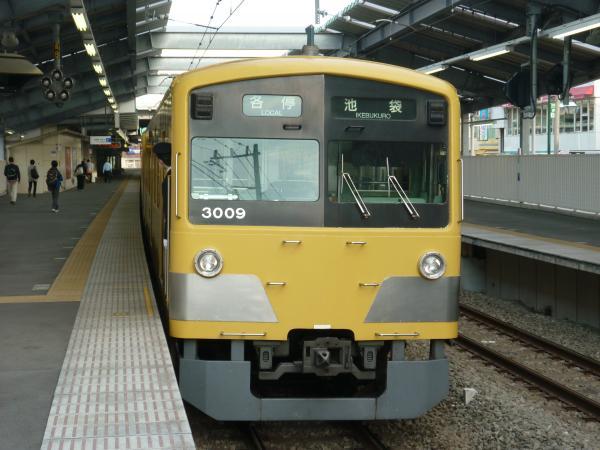 2014-03-29 西武3009F 各停池袋行き 5114レ