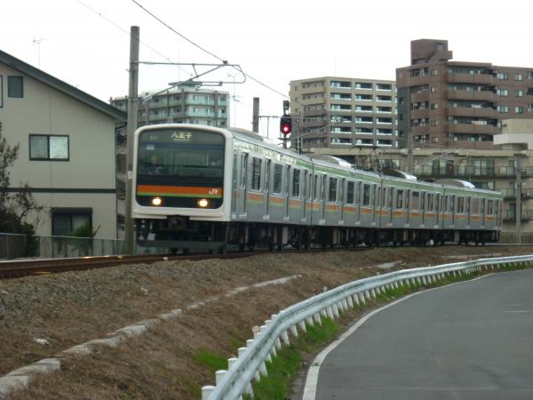 2014-12-06 八高線209系ハエ64編成 八王子行き
