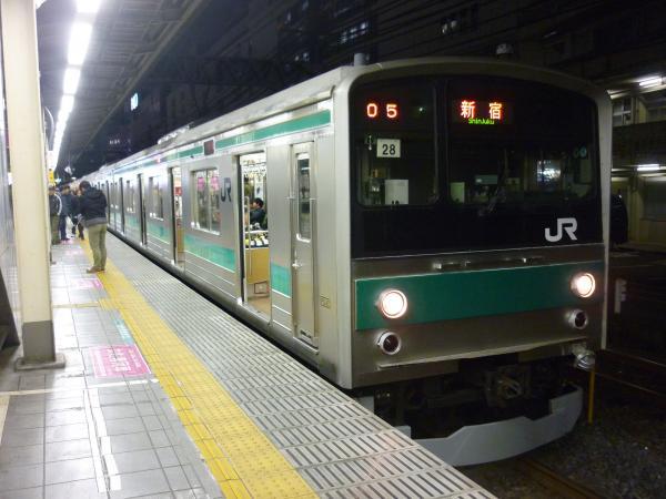 2014-12-06 埼京線205系ハエ28編成 新宿行き