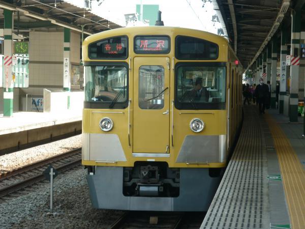 2014-02-28 西武2073F 各停所沢行き2