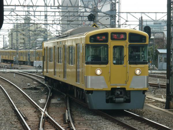 2014-02-28 西武2073F 各停池袋行き2