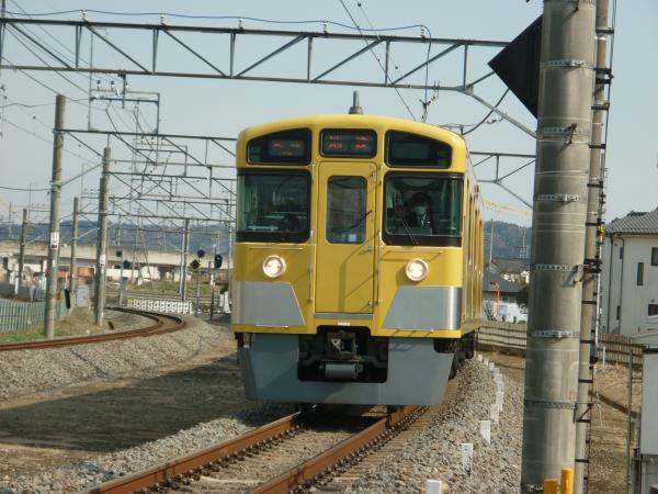 2014-03-09 西武2073F 各停飯能行き1