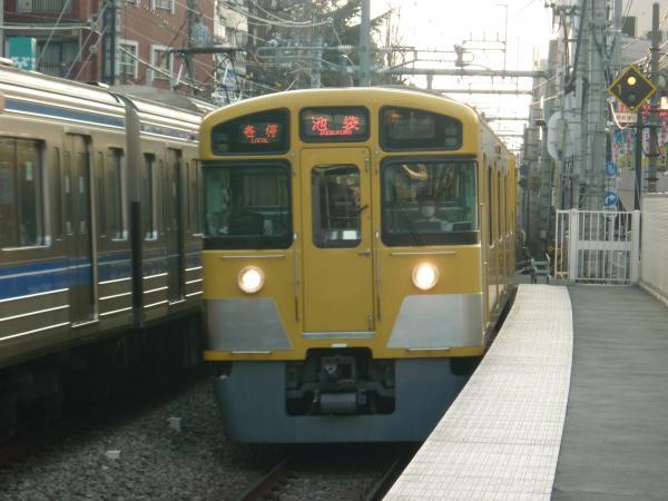2014-03-29 西武2073F 各停池袋行き1 5116レ