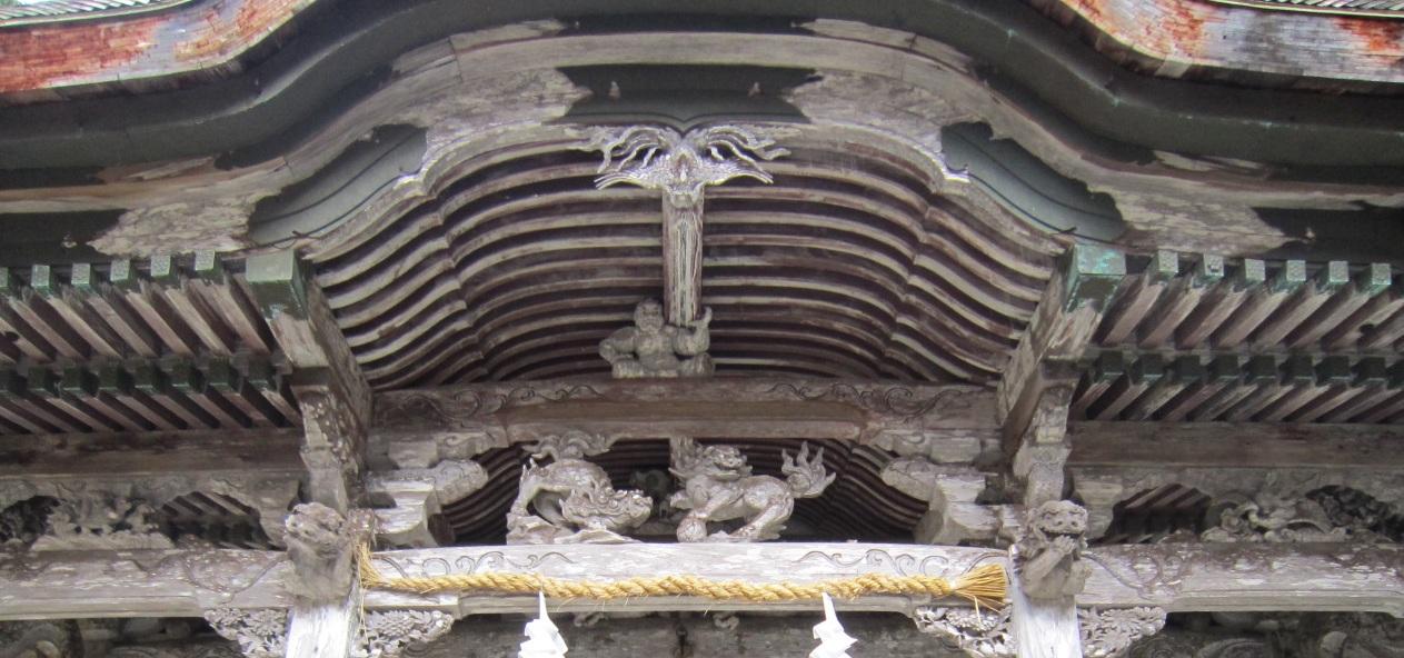 名草神社本殿彫刻