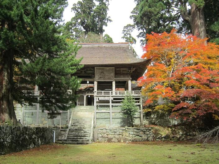 名草神社拝殿