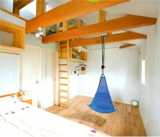 勾配天井の子供部屋