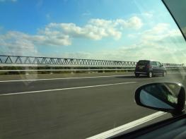 出張先の茨城より帰ってきました。