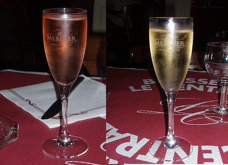 シャンパンの郷エペルネーのカフェでピンクと白を愉しむdownsize