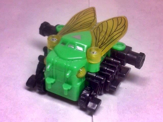 昆虫合体ロボ=インセクターΣ 19