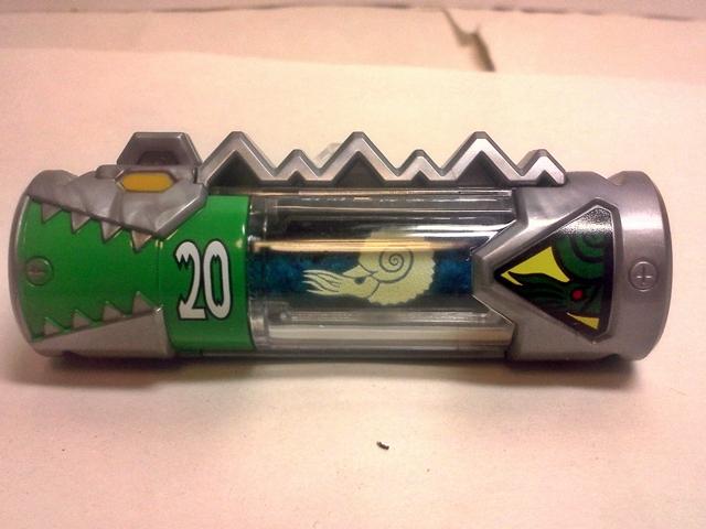 ガーディアンズの獣電池 2001