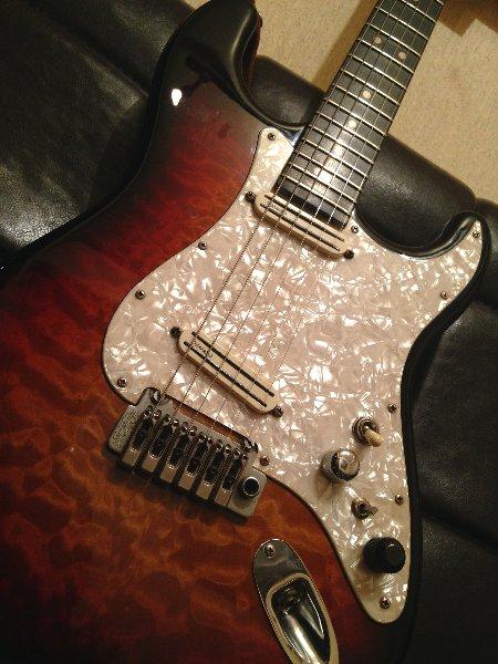 スタジオシグナル_moonギター