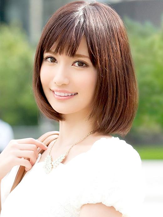 一色里桜 スレンダー美人のAVデビュー画像