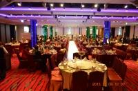 主賓席から結婚式会場131208