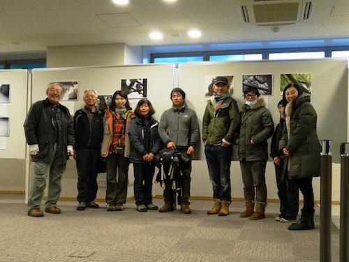左から、福田、鈴木庸夫、酒井、恵子、矢部、万作、みちよ、ゆう隊員