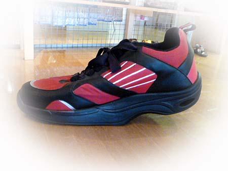 2 巨大靴