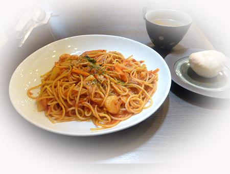 野菜&海老のトマトソ-スパスタ