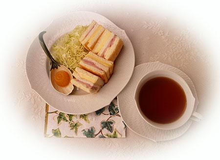サンドイッチ & アッサム