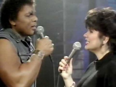 linda-ronstadt-featuring-aaron-neville-dont-know-much-02