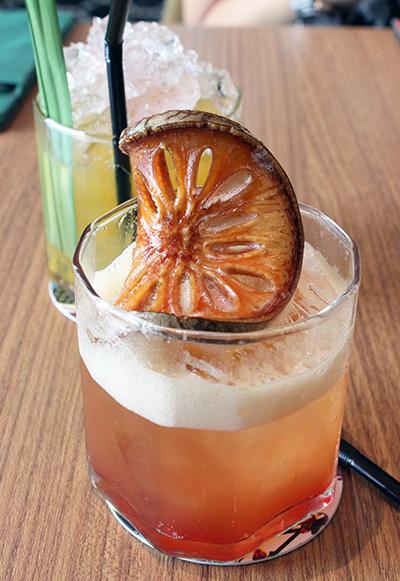 MINIBAR Cafe_bangkok02