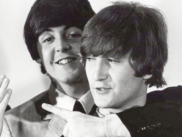 John-Paul-lennon-mccartney-23897012-640-480.jpg