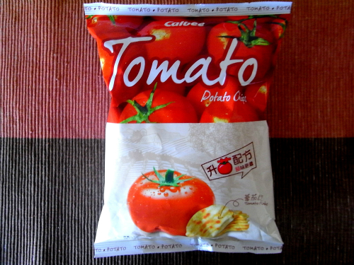 カルビー ポテトチップス 香港 トマト味