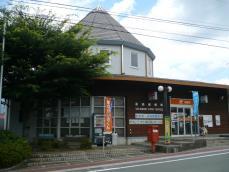 駅舎とよく似ています