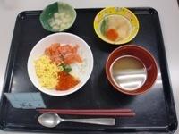 130822鮭いくら丼 (1)