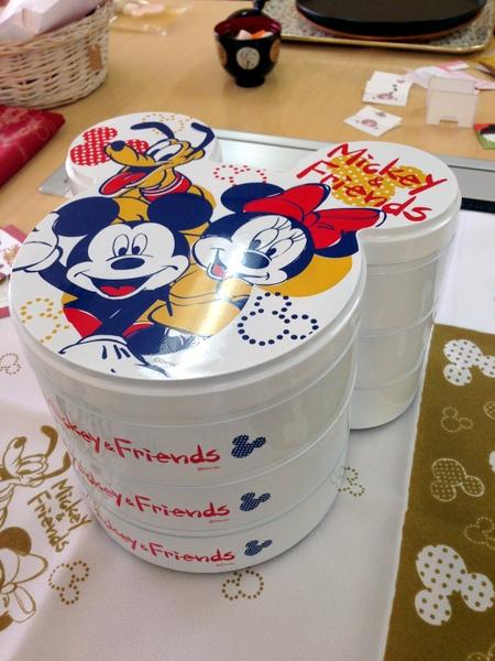 2014年ディズニー「ミッキーマウス」おせち料理