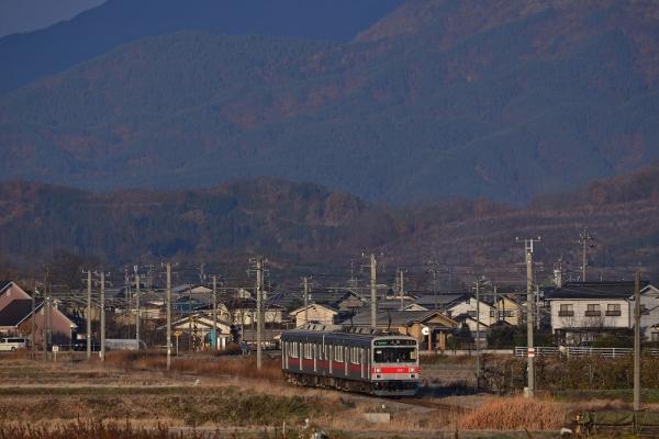 2013年12月01日 上田電鉄別所線 中塩田~下之郷 1000系1001F