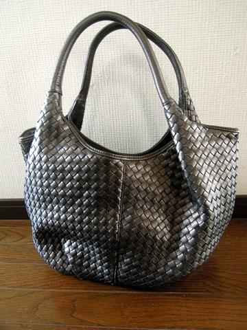 check out b7be9 868cd 手編みメッシュ(イントレチャート)のバルーントートバッグ ...