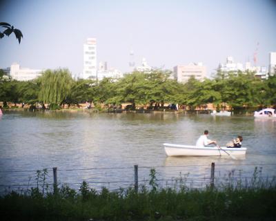 不忍池と東京スカイツリー:R2