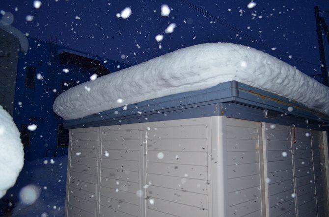 117屋根雪 (1)