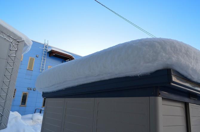 119屋根雪 (3)