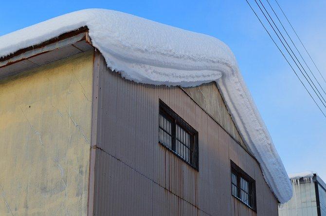 119屋根雪 (4)