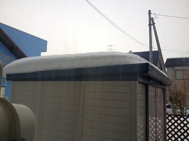 125屋根雪