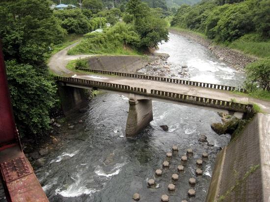 川原川・上野田川合流点