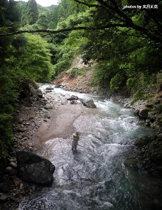 2013-6-29-梅野川-釣り人-4a